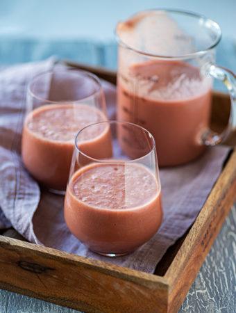 Energidrink med tranbär och avokado