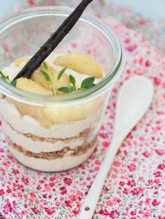 Trifle à la Dagmar med mascarponekräm och vaniljäppelkompott