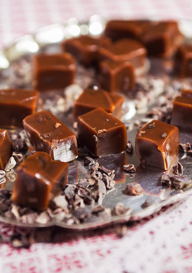 Chokladkola med cacao nibs
