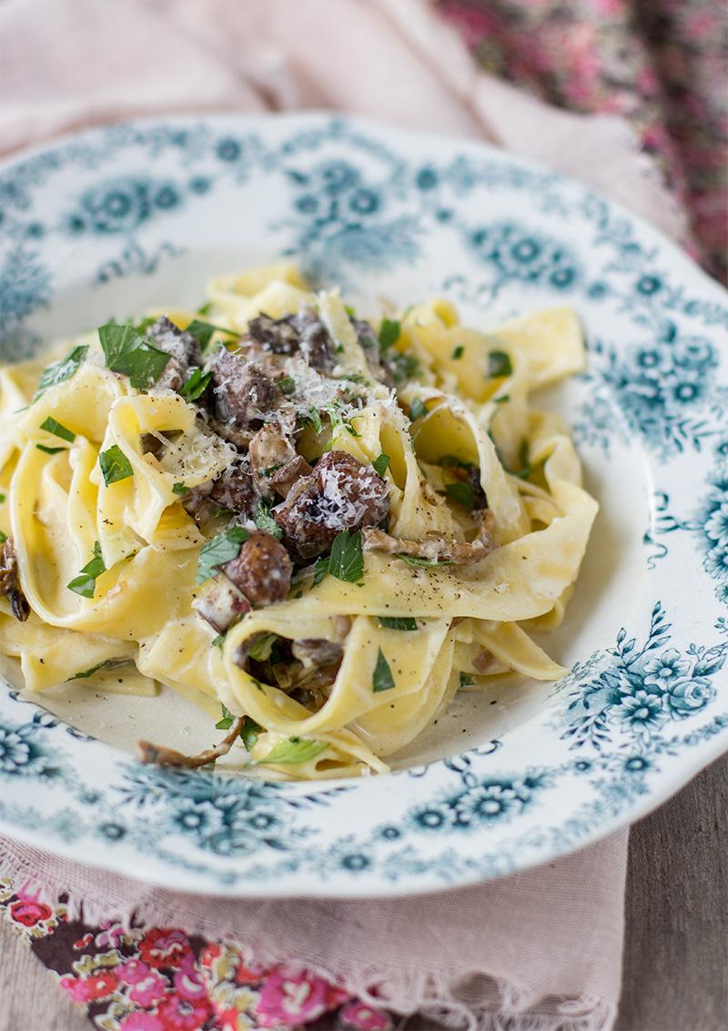 Höstig pasta med svamp och mascarpone