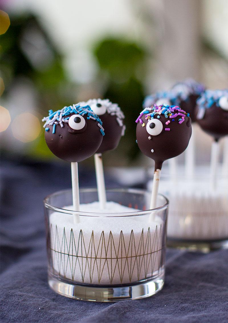 Cake pops-monster