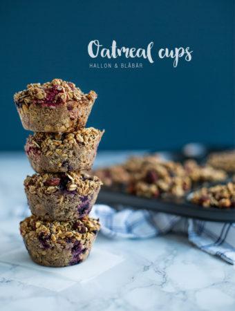 Oatmeal cups med blåbär, hallon och hasselnötter