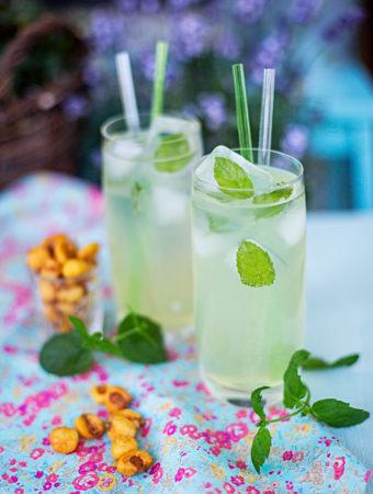 Romdrink med citrongräs